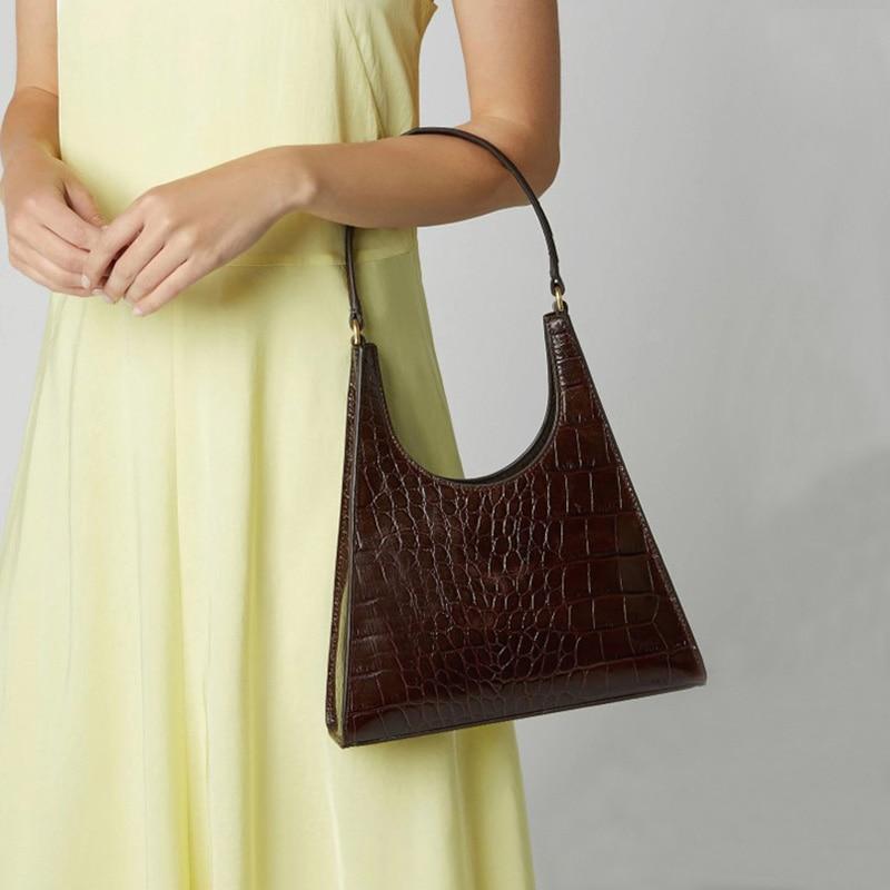 Женская сумка ретро Аллигатор Subaxillary сумка винтажная маленькая треугольная сумка Женская Роскошная крокодиловая сумка на плечо LadyA155|Сумки с ручками|   | АлиЭкспресс - Аналоги сумок с показов мод осень-зима 2020/21