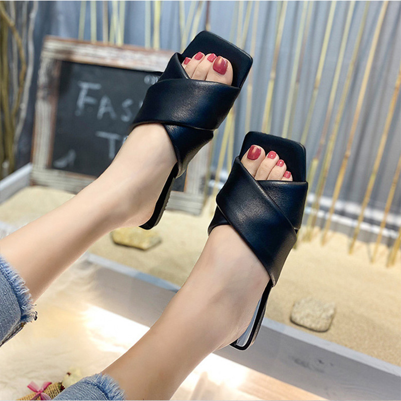 GOGD The New 2020 Summer  Women's Shoes Nude Quilted Flat Comfortable Lady Square Toe  Sandals Shoes