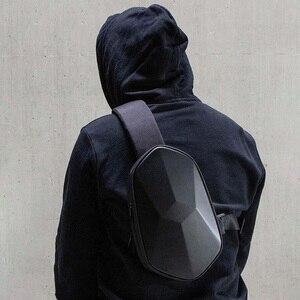 Image 4 - קלע תיק Tajezzo פאון חזה תיק עמיד למים כתף תיק ספורט חבילת חזה עבור Mens נשים נסיעות קמפינג Crossbody