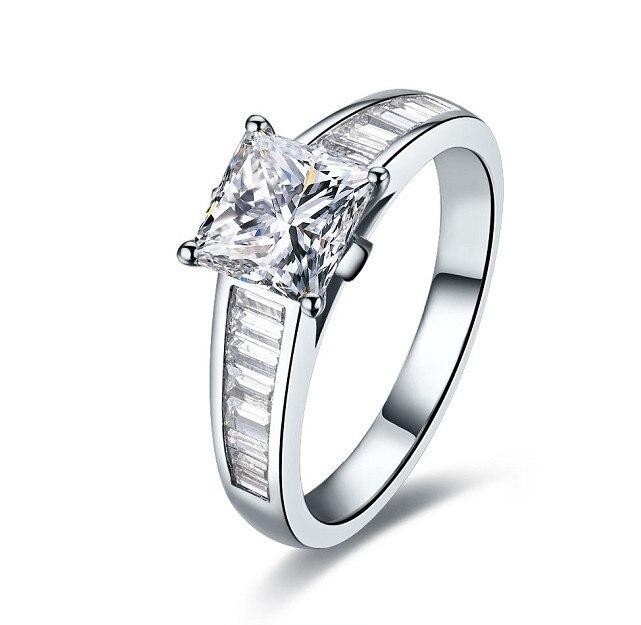 En gros romantique Rectangle coupe SONA diamant synthétique bague de fiançailles 2 carats bande broche réglage 925 argent bijoux de mariage