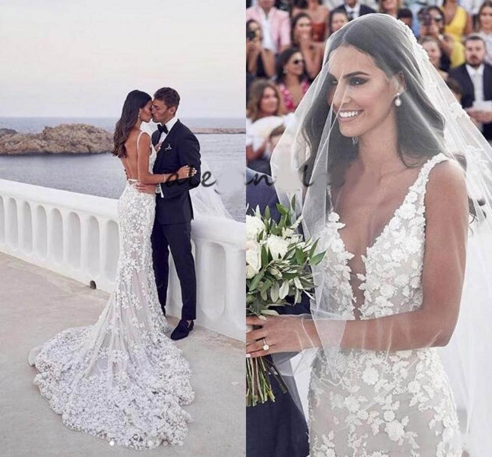 Charming Backless Mermaid Beach Wedding Dresses Sexy Plunge V Neck 3D Lace Applique Sweep Trumpet  Garden Bridal Gowns