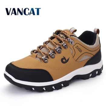 2020 New Brand Fashion Outdoors Sneakers Waterproof Men's Shoes Men Combat Desert Casual Shoes Zapatos Hombre Big Size 39-48