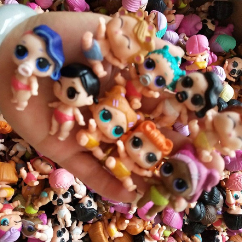 Wholesale 50Pcs Lot High Quality 4cm Little Sister Dolls Can change color Doll Toys For Children