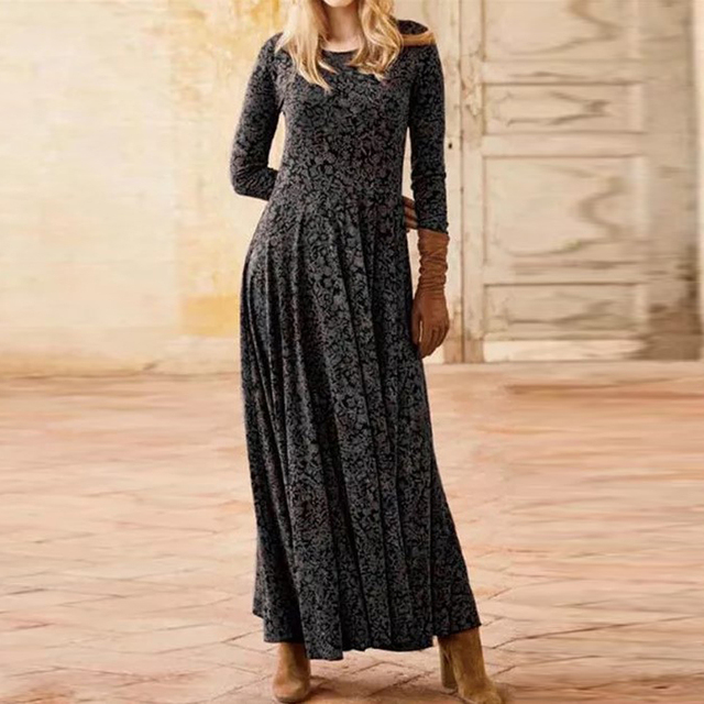 gorgeous long dress with low neckline and knee slit 3