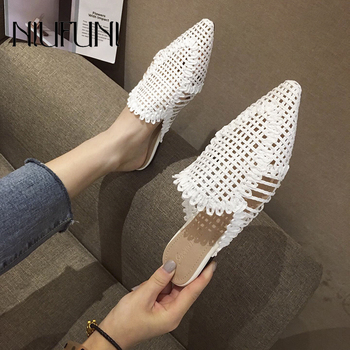 NIUFUNI Women's Rattan Slippers Solid Color Casual Hollow Shoes Slipper Women Pointed Toe Slippers Flat Shoes Cane Beach Shoes