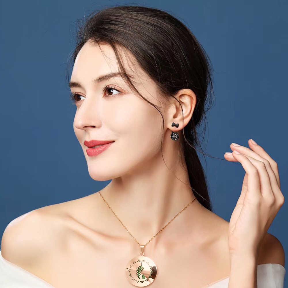Rose Gold Einfache Aromatherapie Ätherisches Öl Diffusor Medaillon Parfüm Halskette Edelstahl Medaillon mit Filz Pads Für Frau
