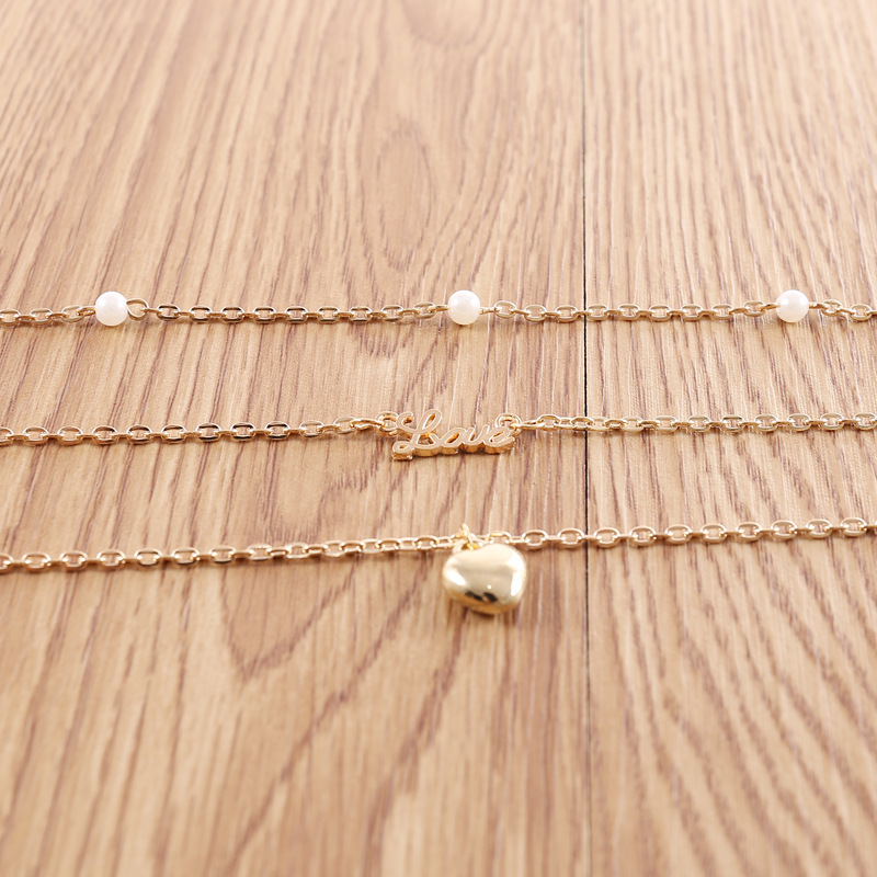 Alloy LOVE Heart Pendants Necklaces for Women Imitation Pearls Choker Clavicle Chain Gold Color 2019 Fashion Jewelry New Arrival