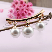 Fashion Pearl Brooches For Women Silver Gold Alloy Brooch Femme Clothing Pins Ladies Jewelry Mujer Brooch cmajor flower shaped brooch with pearl jewelry silver gold color brooches for women