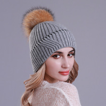 Winter Wool Women Beanie Hats with Raccoon Pompom Warm Knitted Slouchy Cap With Real Fur Pompom Caps Skullies Beanies For Femme pompom