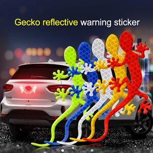 Image 1 - 2Pcs Adesivo Auto Riflettente di Avvertimento di Sicurezza Marchio Nastro Riflettente Auto Accessori Esterni Gecko Striscia Riflettente Riflettore di Luce
