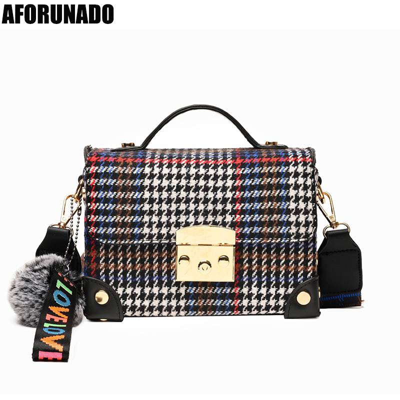 New Luxury Handbags Women Bags Designer Canvas Striped Shoulder Bag Fashion Flap Plush Pendant Tote Crossbody Bag For Women 2020