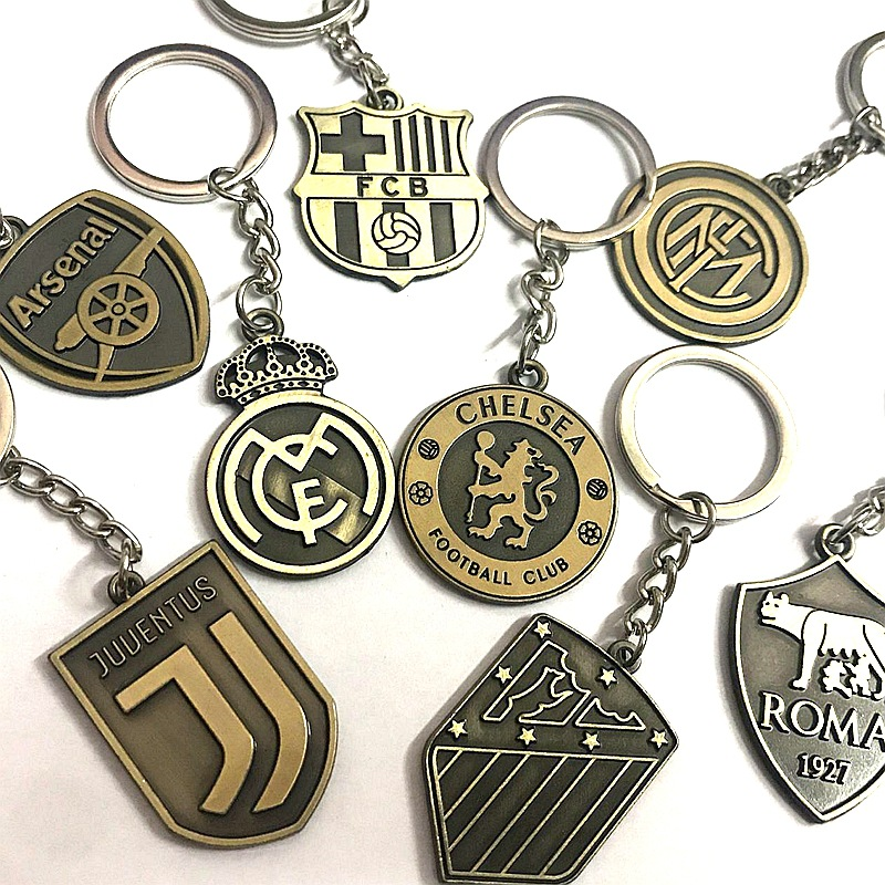 Football Souvenirs Related Products Metal Team Logo Pendant Bronze Keychain Real Madrid Barcelona Football Club United City Mila