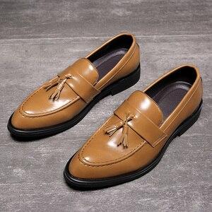 Image 1 - Senhores dos homens Se Vestem Sapatos estilo Britânico Paty Sapatos Formais Sapatos de Casamento Sapatos de Couro Dos Homens Oxfords de Couro Flats