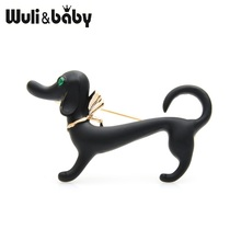 цена на Wuli&baby Lovely Black White Dog Women Alloy Enamel Dachshund Animal Brooches Pins Gifts