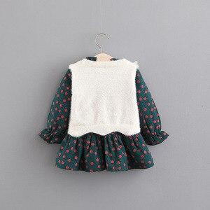 Image 2 - בנות בגדים סטי בגדי ילדי סתיו אופנה סגנון בנות שמלה + סוודר אפוד 2Pcs חליפת תינוק ילדים בגדים עם גדול קשת 0 4Y
