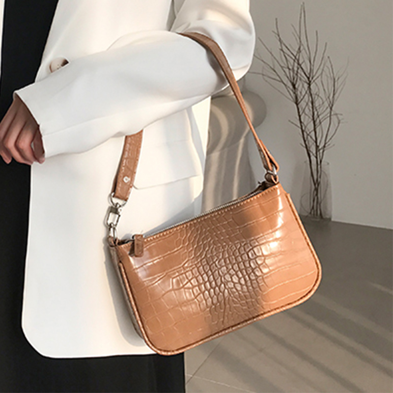 Ladies Handbag Womens Vintage Leather Handbags Personality Portable Simple Crocodile Pattern Half Moon Shape Shoulder Bag With Metal Chain Strap Everyday Weekend Leisure Bag Top Handle Bags