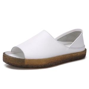 Image 2 - BEYARNEHandmade Sandalias planas de cuero genuino para mujer, zapatos casuales de verano, sandalias de gladiador para mujer, tamaño grande 35 43E045