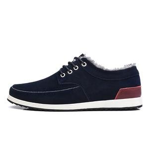 Image 2 - SUROM zapatos informales de cuero para hombre, mocasines de marca de lujo, a la moda Zapatillas de deporte, náuticos de ante