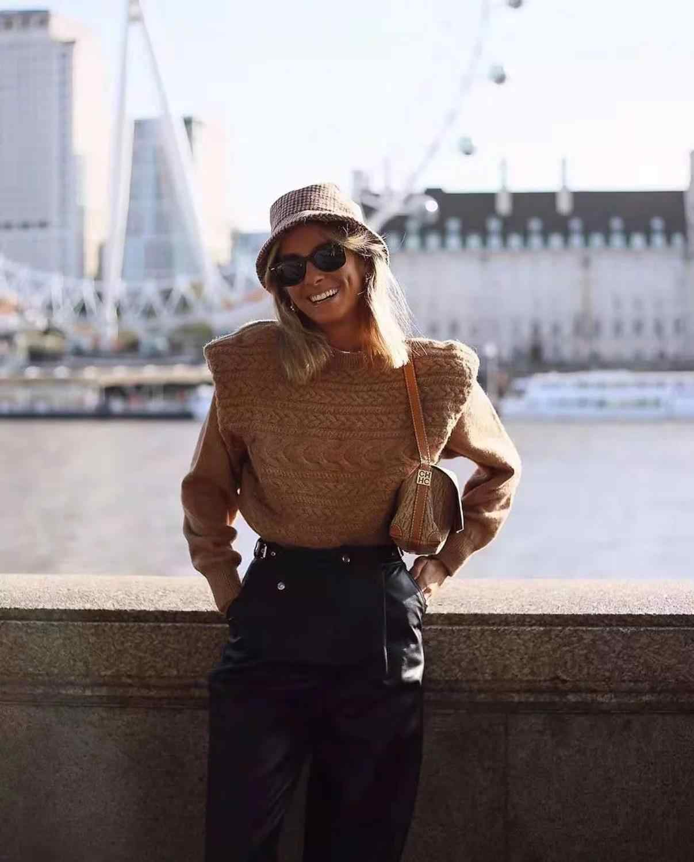 Papan Gaya Musim Gugur Musim Dingin Yang Hangat Tops Rajutan Lebar Bahu Sweter Wanita Pullover Kasual Wanita Menarik Wanita Jumper