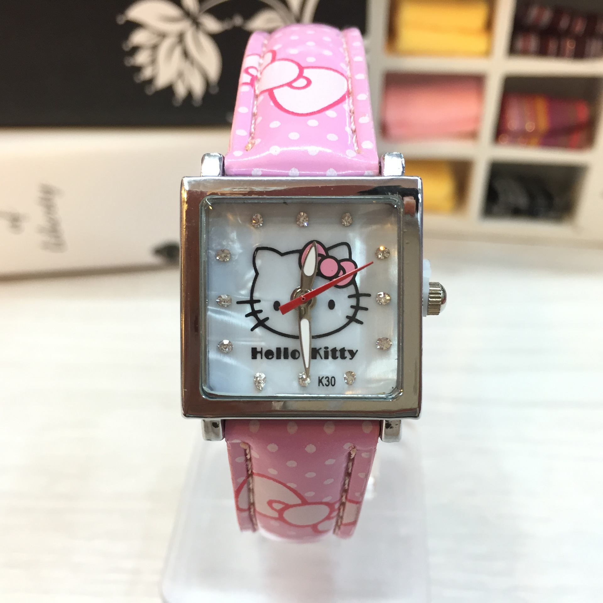 High Quality Fashion Cute Kt Cat Children Watch Square Shell Noodles Children Cartoon Watch Kid Girl Student Watch