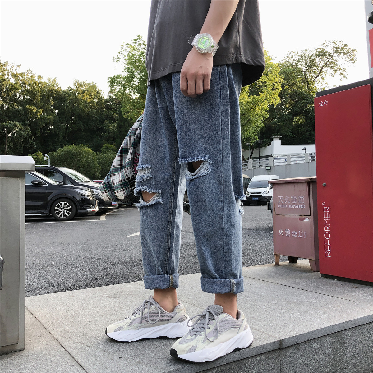 INS Korean-style Trend Beggar With Holes Jeans Hong Kong Style Loose Straight Capri Pants Sub-Autumn Students Loose Pants
