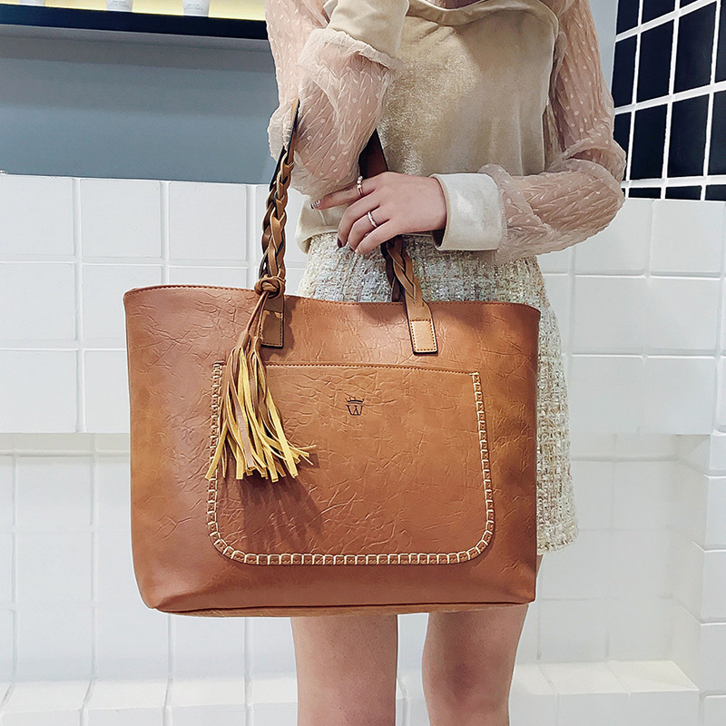 2021 Large Capacity Women Bags Shoulder Tote Bags Bolsos New Women Messenger Bags With Tassel Famous Designers Leather Handbags