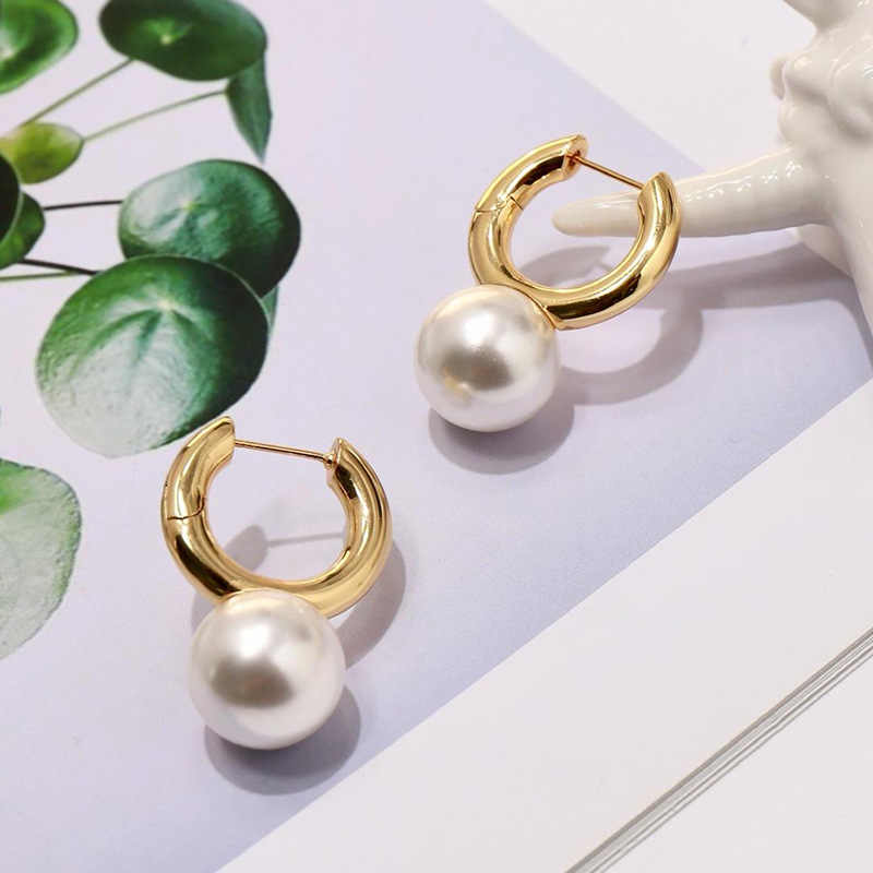SRCOI Gold Color Big Freshwater Pearls Circle Hoop Earrings Minimalist Round Huggie Earrings Bijoux For Women Wedding Brides New