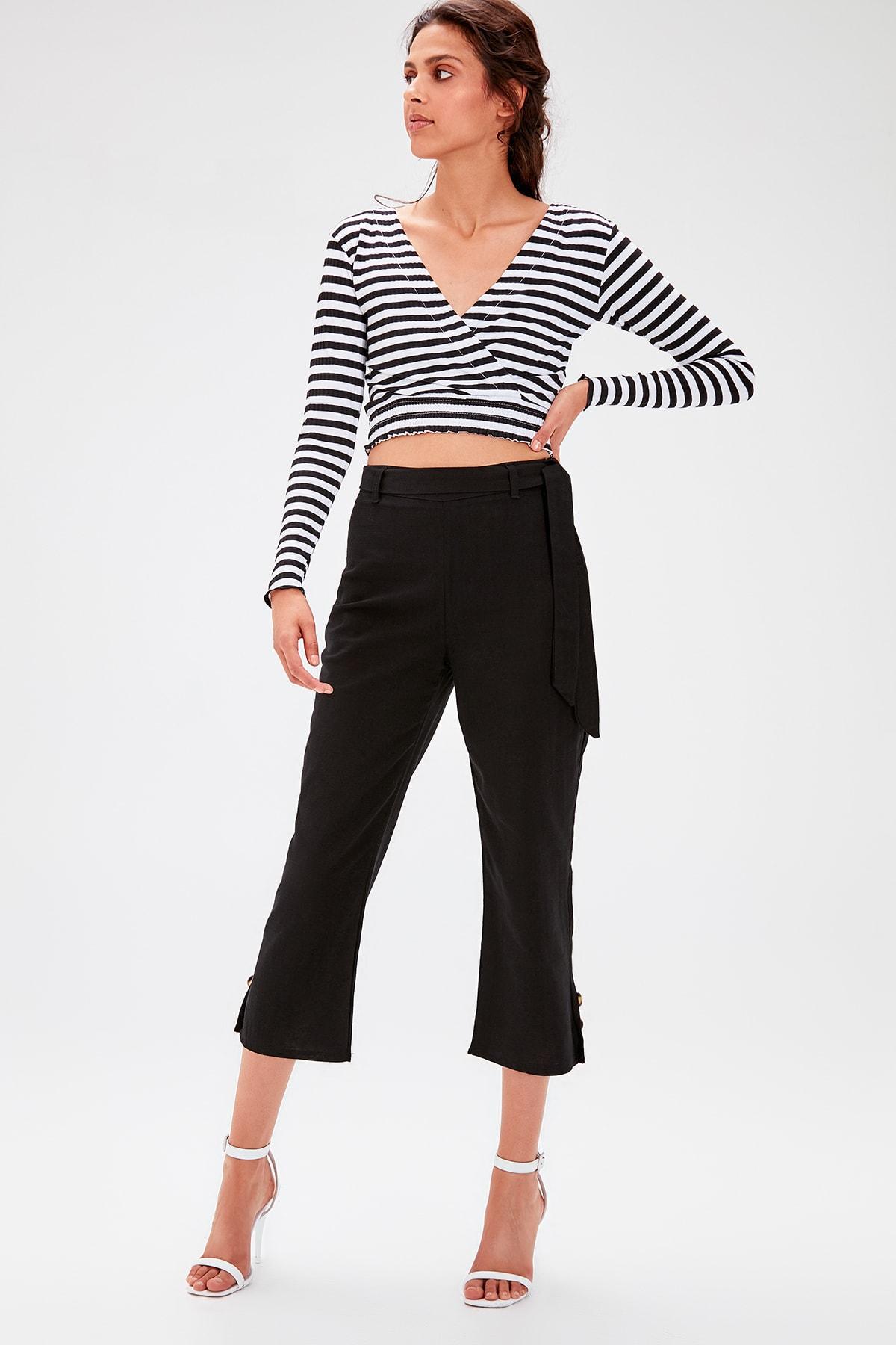 Trendyol Black Lacing Detaylı Pants TWOAW20PL0086