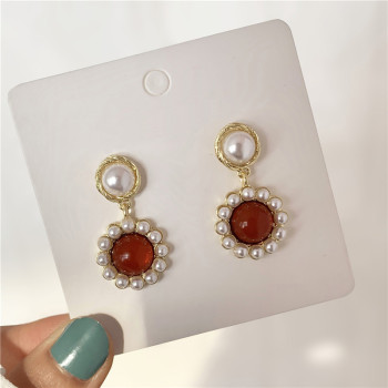 South Korea Temperament Retro Red French Small Stud Earrings Fashion Simple Wedding Eardrop Dangling Earrings Women image