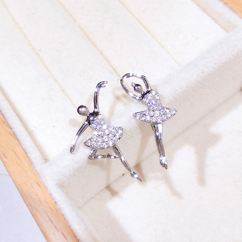 Luxury 925 Sterling Silver Cute Unique Dancing Girls Ballet Dancer Stud Earrings AAA Zircon Stone Ballerina Earrings Jewelry