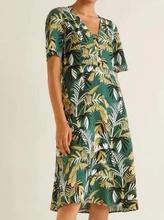 Women's Dress Chiffon Leaf Print V-neck Loose Short-sleeve Summer Dress jungle leaf print shell dress
