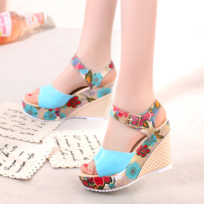 2018-Women-Sandals-Summer-Platform-Wedges-Casual-Shoes-Woman-Floral-Super-High-Heels-Open-Toe-Slippers (3)