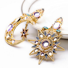 цена на one pair fashion Europe style moon/stars with rhinestone pendant women earrings xye143