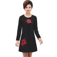 Oriental Style Woman Autumn Dresses Red Black Chinese Flower Embroidery Long Sleeve O-neck One Piece Shift Dress Plus Size