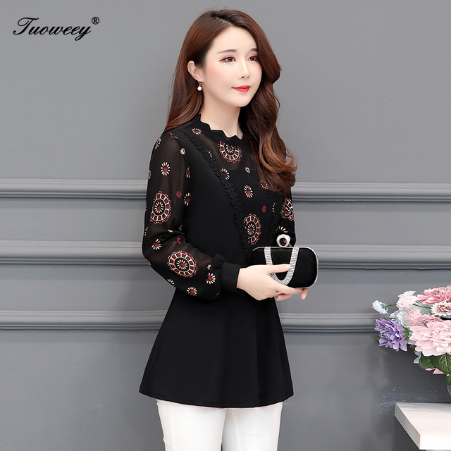 2019 New Arrival Fashion autumn long sleeve floral casual Shirt Female Casual see throughPlus Size elegant Printed Blouse 2