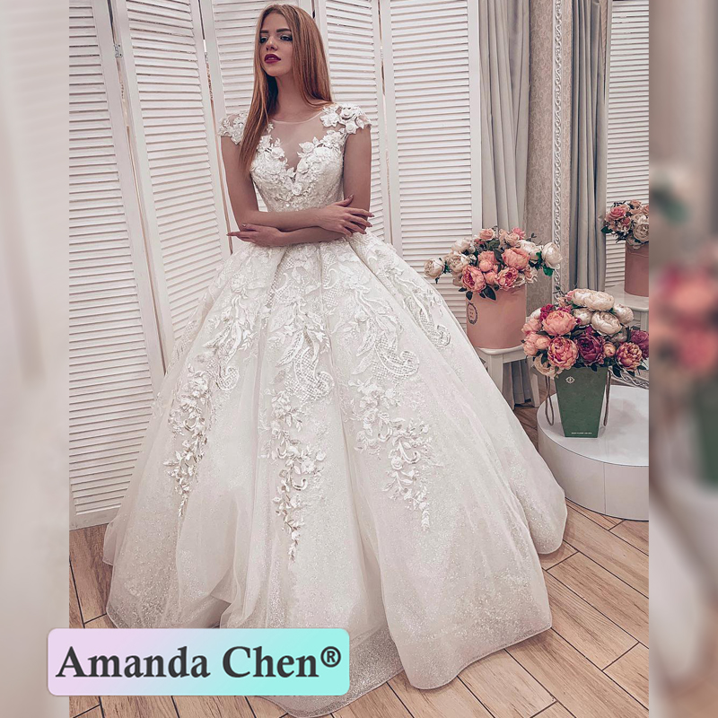 2019 New Model Lace Appliques Ball Gown Wedding Dresses