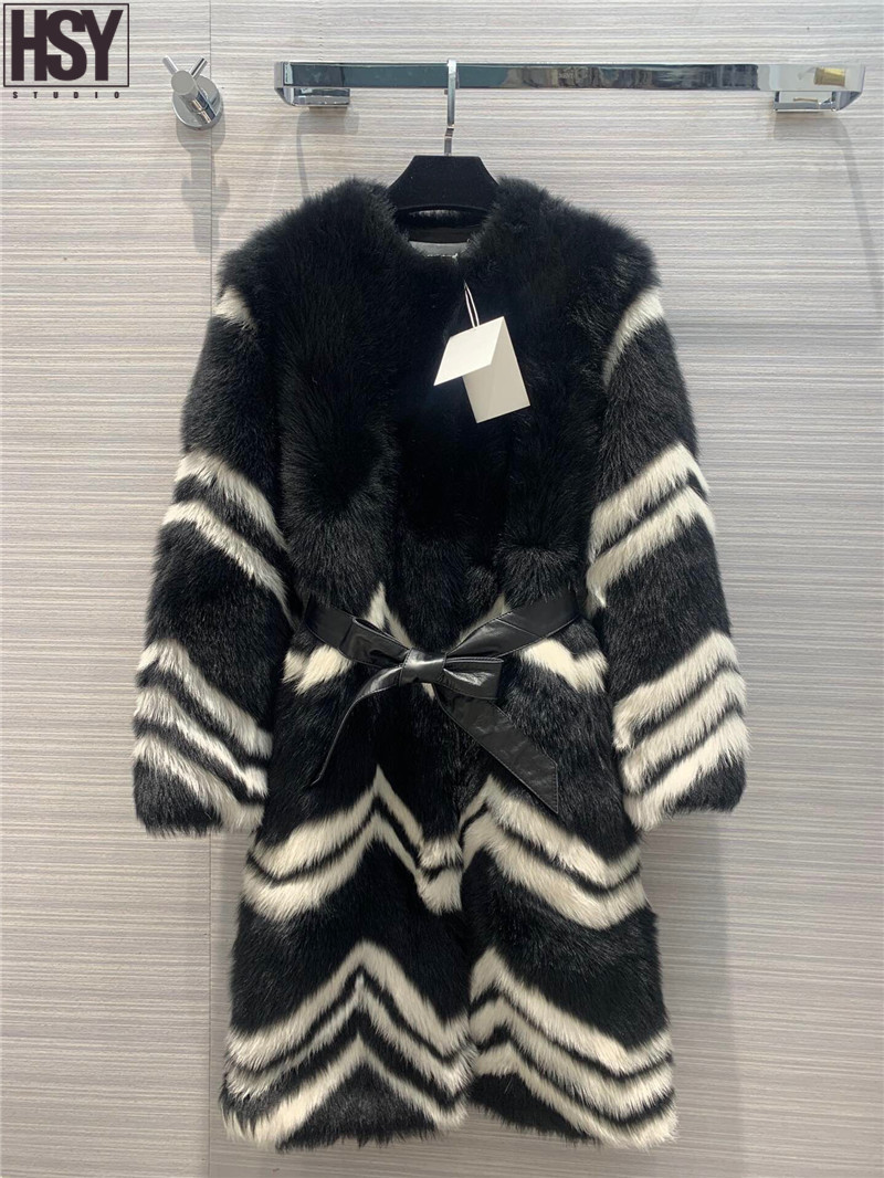 【HSY】2019 Autumn Winter Women Luxury Black White Contrast Color Wavy Stripes Tuscan Leather With Fur Warm Belted Mid Long Coat
