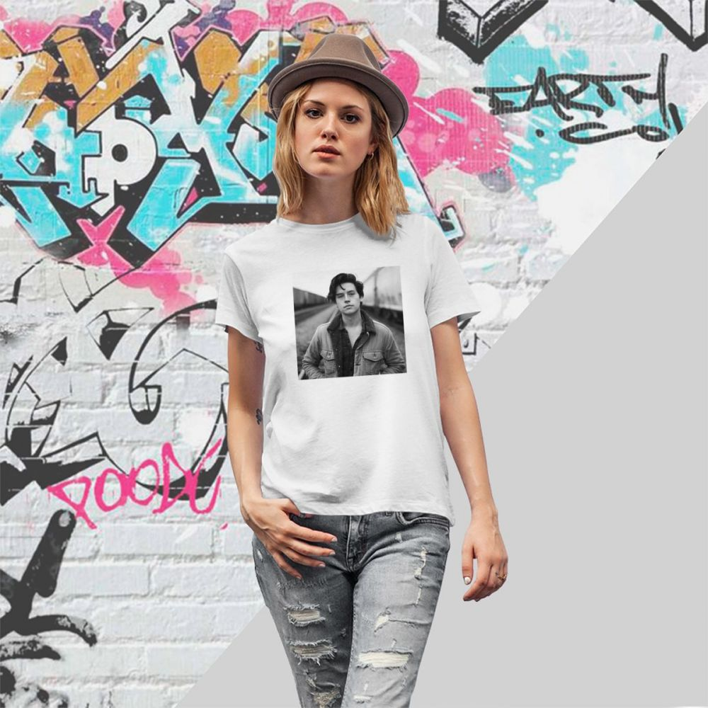 Cole Sprouse Collage T-shirt Riverdale Archie Comics Jughead Jones T-shirts For Women Aesthetic Tops Tees Female Clothes Casual
