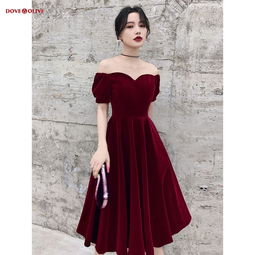 Burgundy Bridesmaid Dresses Knee Length 2020 Velvet Short Sleeves Sweetheart Off Shoulder A Line Draped Engagement Dress