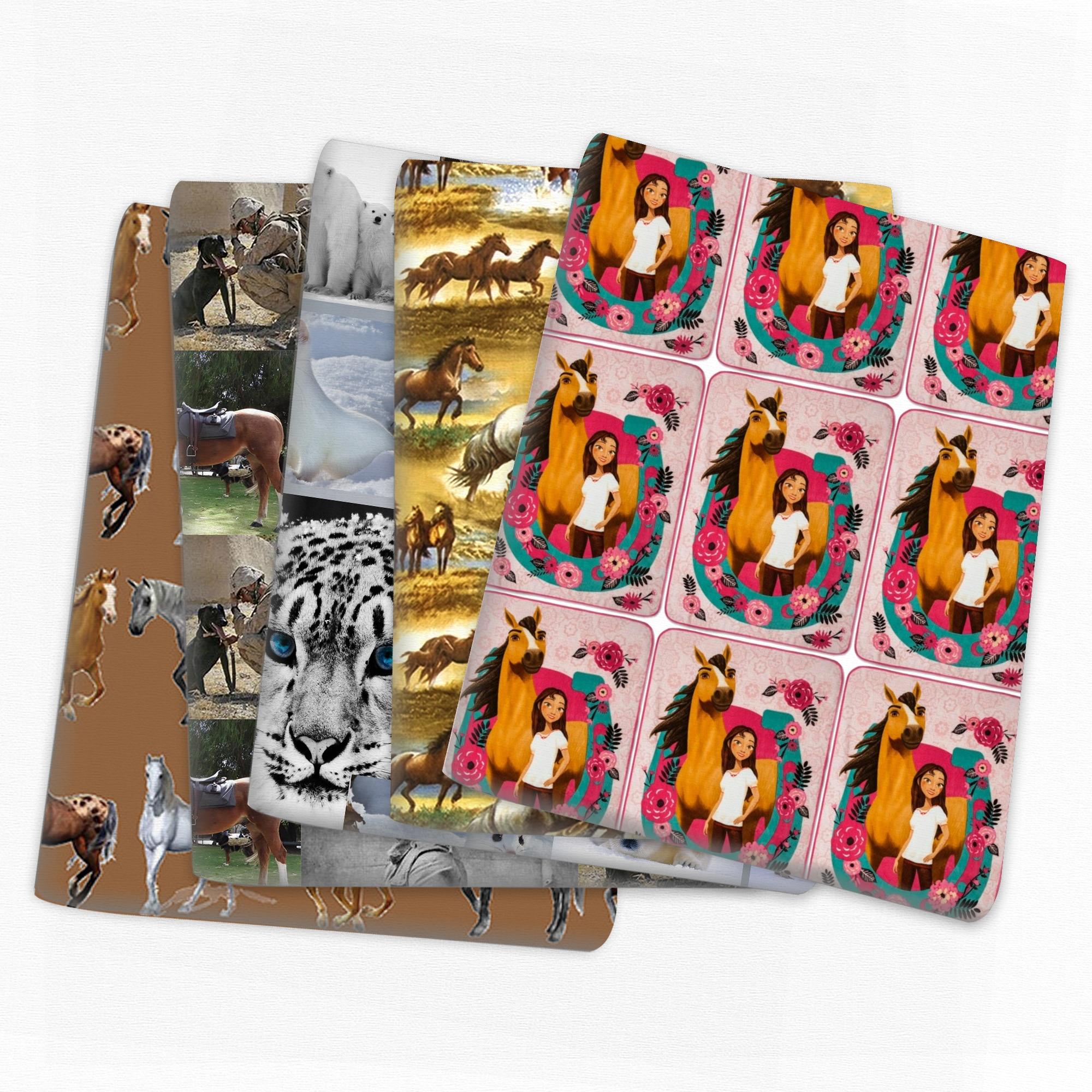 O lobo do cavalo de retalhos imprimiu a tela do algodão do poliéster para o tecido que costura estofando tecidos material do bordado diy feito à mão, c14281