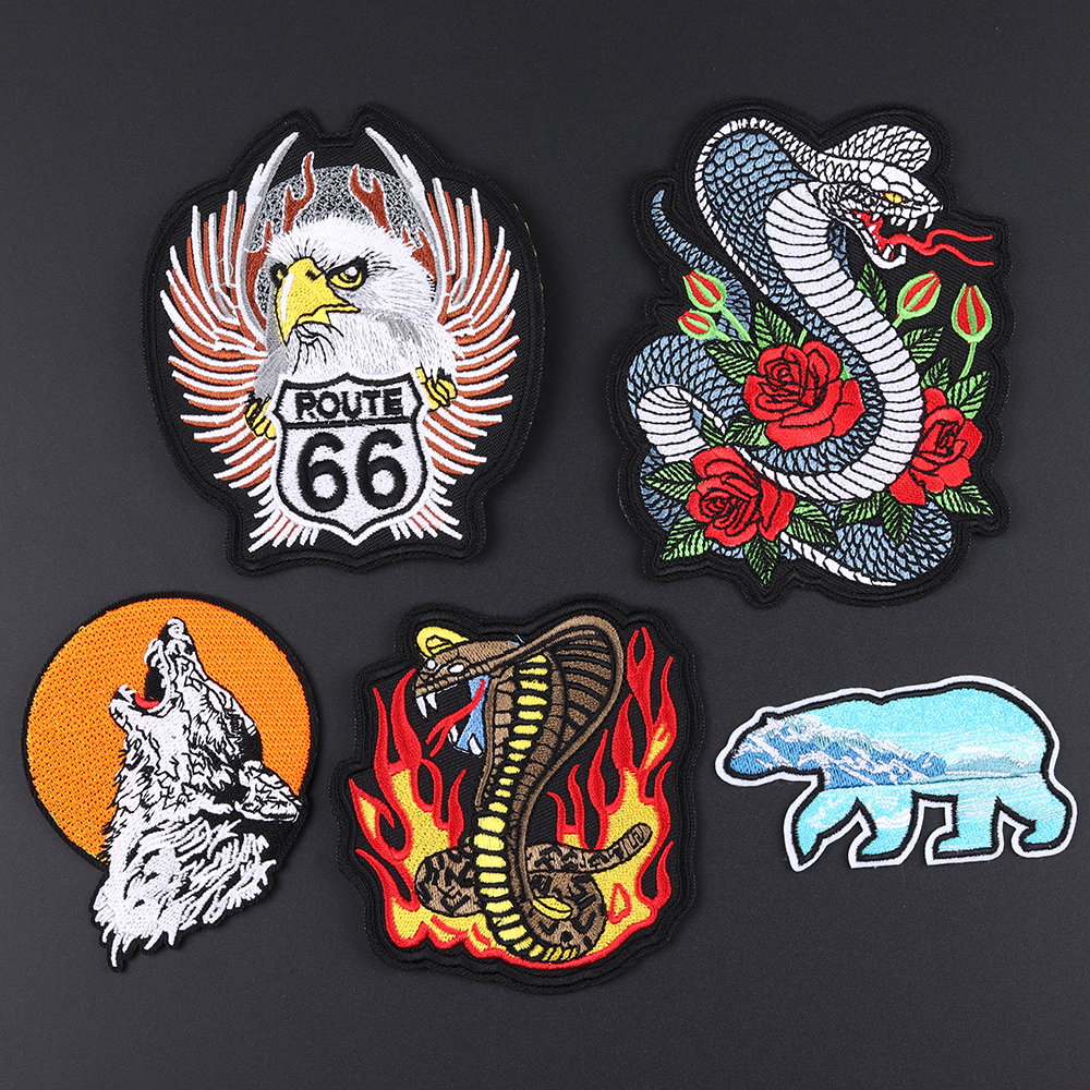 Fine Punk Bikers Fire Viper Snake Embroidered Patches Ice Polar Bear Wolf Applique 3D Diy Flower Animal Jacket Clothes Decor