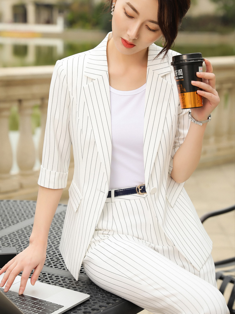 Stripe Korean Ladies Blazer White Casual Loose Suit Jacket Simple Long Sleeve Vintage Office Spring Women's Clothing MM60NXZ
