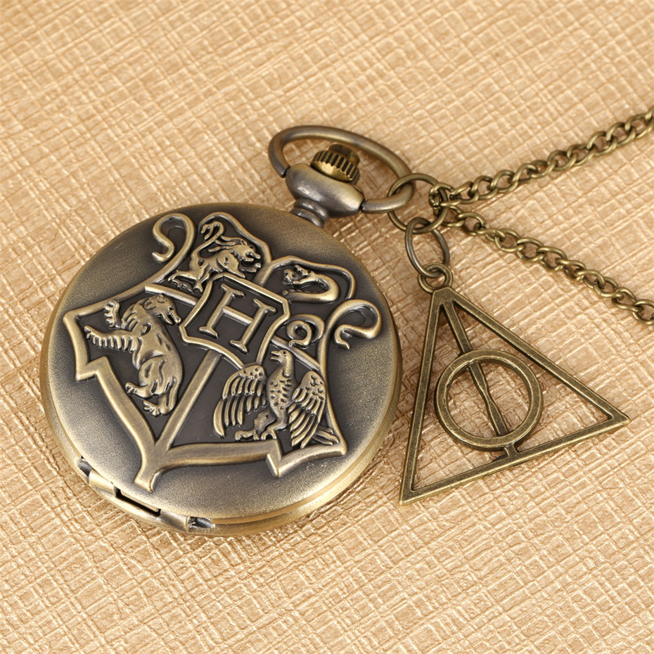 Hot Sale Hogwarts School Theme Quartz Pocket Watch Pendant Necklace Pocket Watch Accessory Pendant Fob Sweater Chains Kids