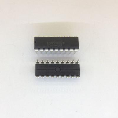 5pcs/lot SN8P2602BPB SN8P2602BPG SN8P2602 SN8P2602AP SN8P2602CPB DIP-18 In Stock