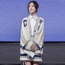 цена 2019 New Sweaters High-end Custom Stars The Same Jacquard Letter Famous Socialite Cardigan Women Sweaters онлайн в 2017 году