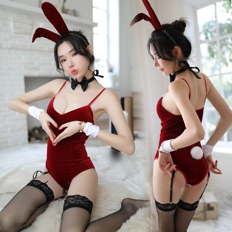 Sexy cosplay ladies