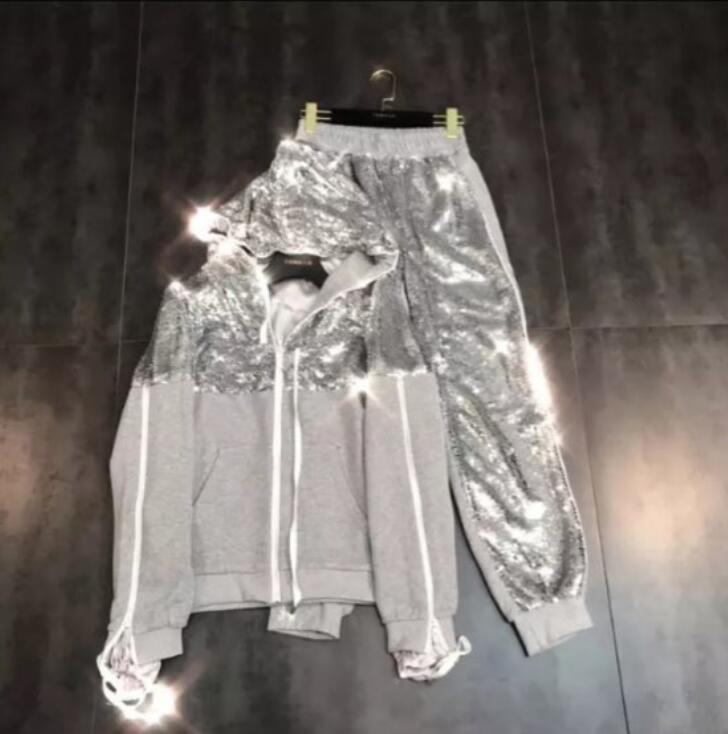 2019 jesień nowy błyszczące cekinami z kapturem kurtka z zamkiem bluza z kapturem + Wei spodnie strój sportowy w Zestawy damskie od Odzież damska na  Grupa 1