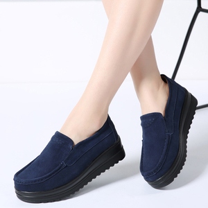Image 1 - 2019 Autumn Women Flats Platform Shoes Leather Suede Slip On Moccasins Creepers Chaussure Femme Comfort Sneakers Shoes Woman 329