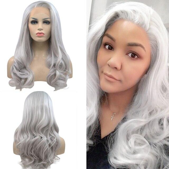 Anogol ücretsiz kısmı uzun doğal dalgalı yüksek sıcaklık Fiber gümüş gri sentetik dantel ön peruk kadınlar için