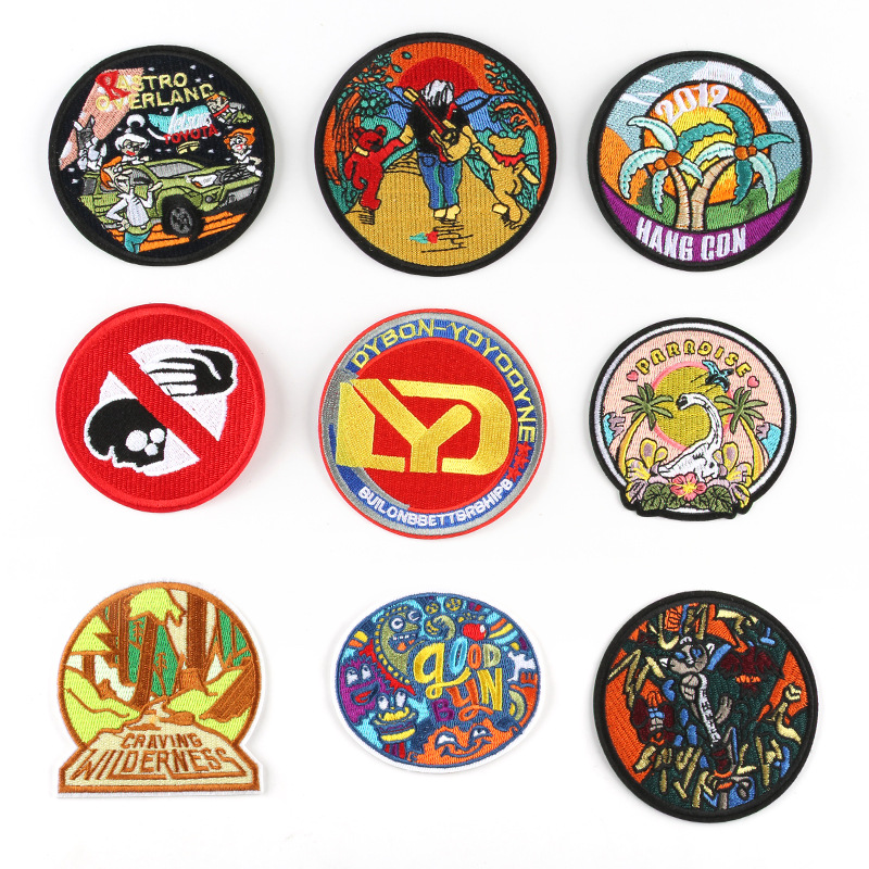 Cartoon Round Badges Embroidered Iron on Patch Animal Appliques Clothes Emblems